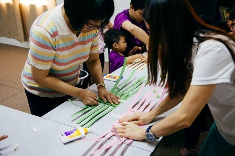 event-lets-weave-together-16